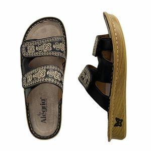Algeria Violette Sew Cool Black Sandal